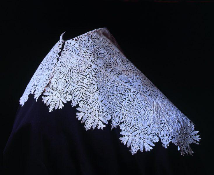 17 century lace collar